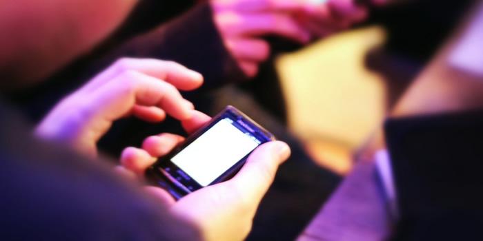 El uso inadecuado del teléfono móvil y sus consecuencias para la salud